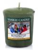 YANKEE CANDLE Świeca zapachowa Bundle Up - sampler