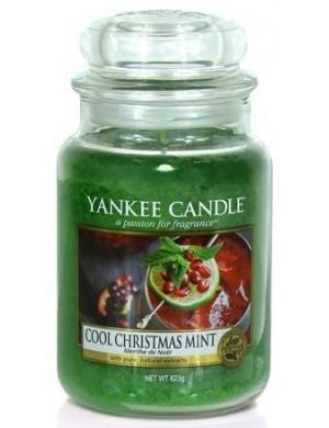 Yankee Candle Świeca zapachowa Cool Christmas Mint – duży słój